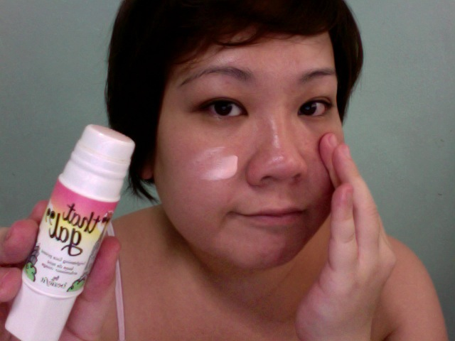 Step 2 - BENEFIT That Gal Brightening Face Primer