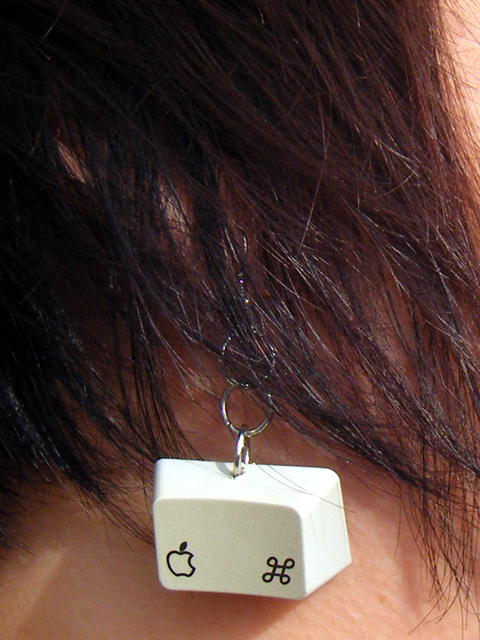 Apple of My Eye keyboard earring