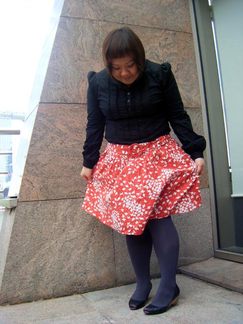 Flowy peasant skirt!