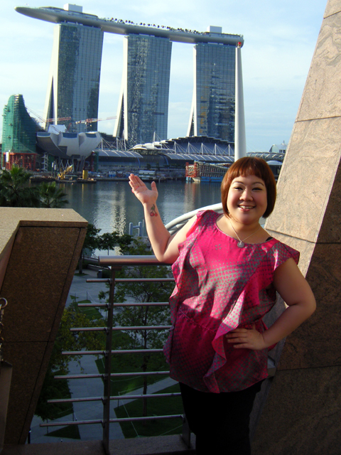 The spaceship behind me is Marina Bay Sands