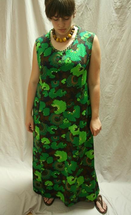 70s Green Mod Monster Print Dress (from grandmamarievintage)