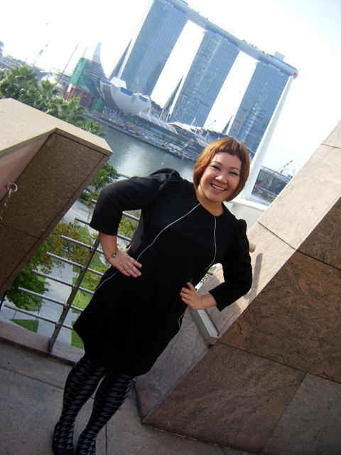 The Marina Bay Sands is practically in your face - at my back?