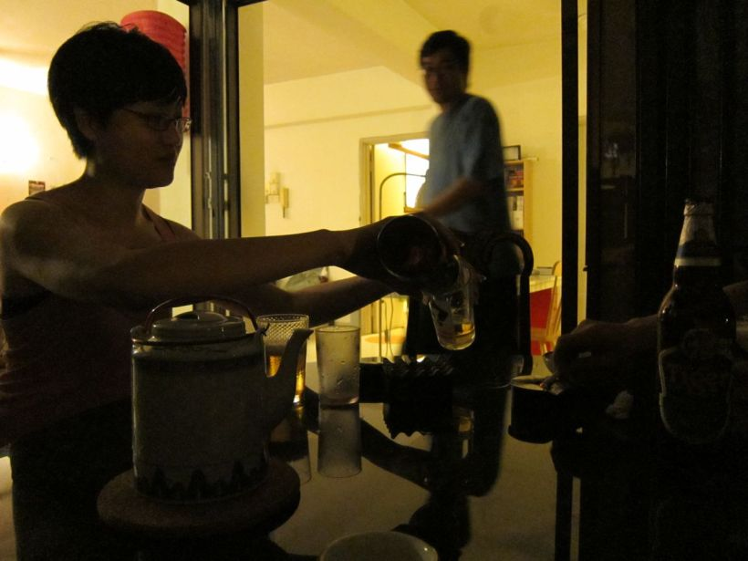 Kelvin & his gf Lee Kuen (sp?) have a lovely apartment. We sat talking till the wee hours. <3