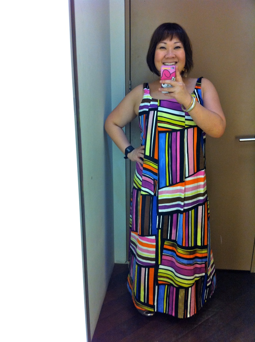 The colours just POP! Tried this on at ISLAND SHOP. Should I buy it or not?
