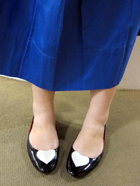 Accessorize shoes