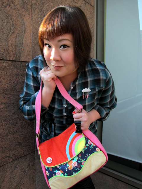Colours! Bag and brooch!