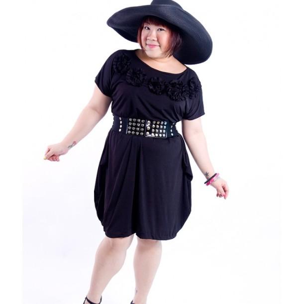 Boston Rosette Dress - STELLAROBE