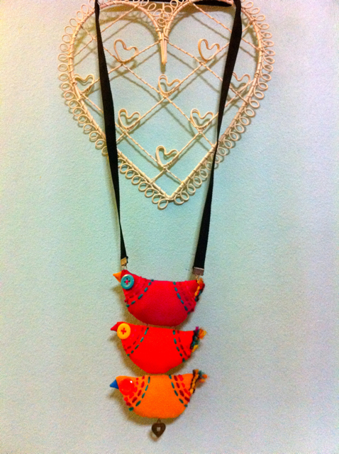 The Birds necklace from Ami The Vintagist