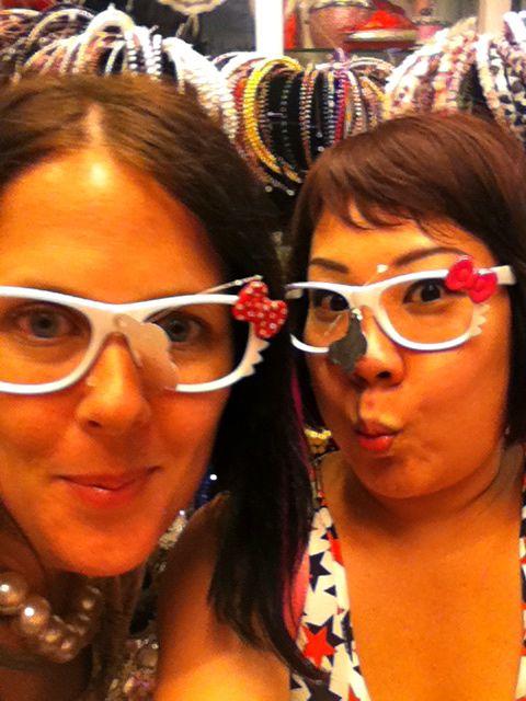 Hello Kitty frames! CUTE!
