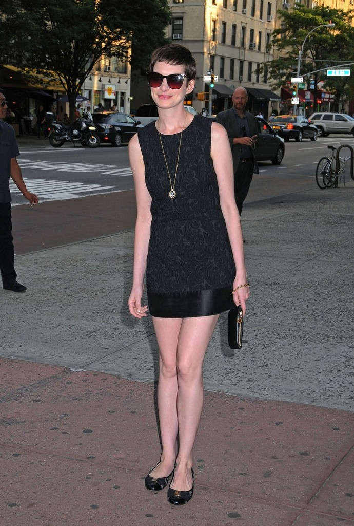 Anne-Hathaway-Married-Wedding-Dress-Husband-Style-wearing-black-dolce-gabbana-dress