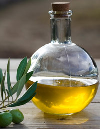 06-Beauty-Secrets-from-Around-the-World-Olive-Oil-1